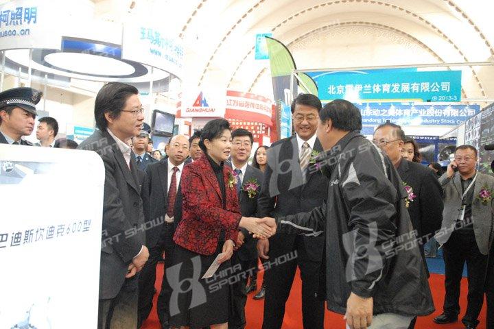 2011冬博会 - 领导巡馆(二)