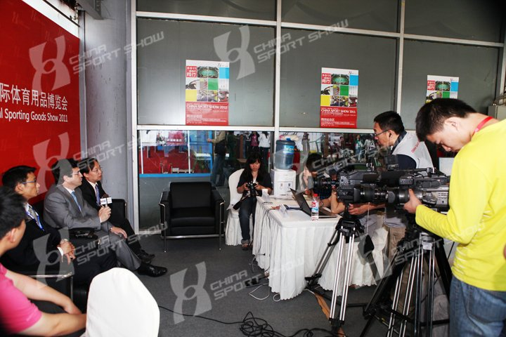 2011成都体博会 - 记者会